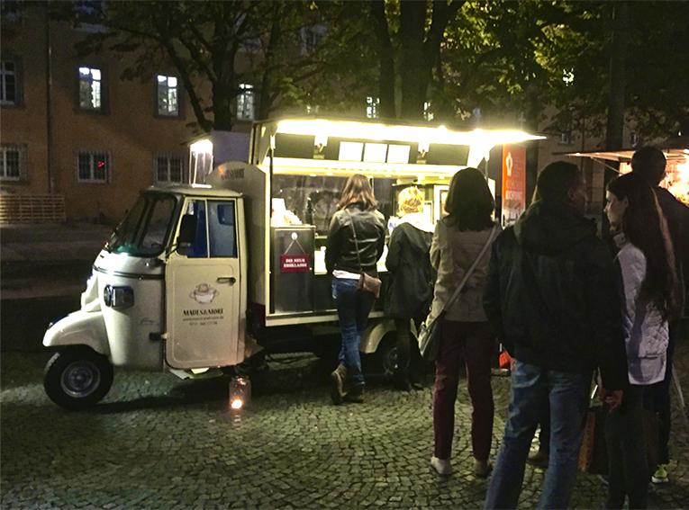 Karlsplatz1